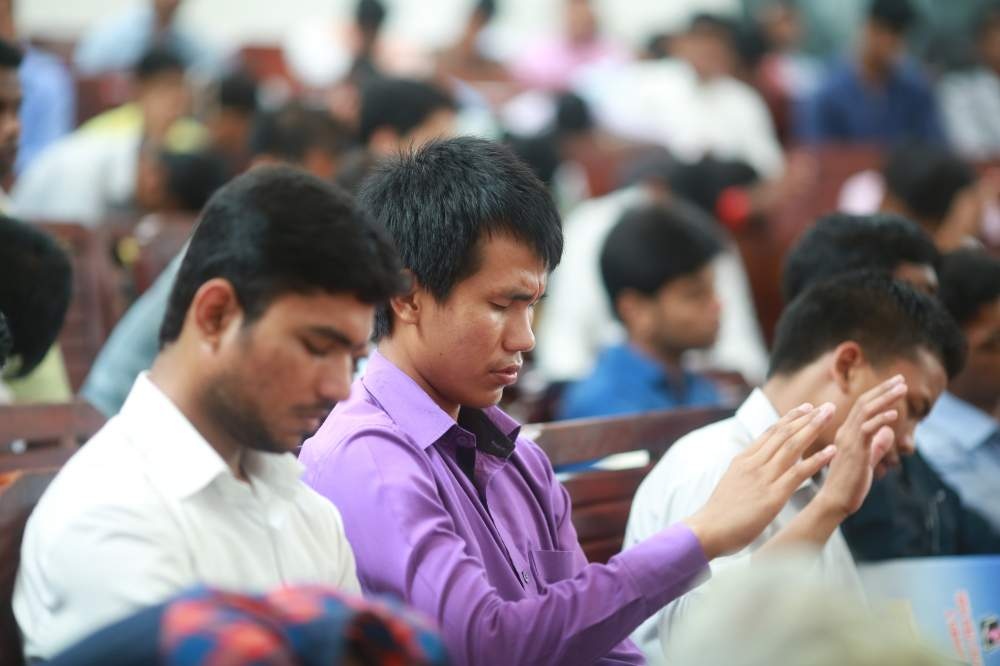 Pray & Fast for Christian Influence Upon India's Media and the Progress of the Gospel Among India's Unreached